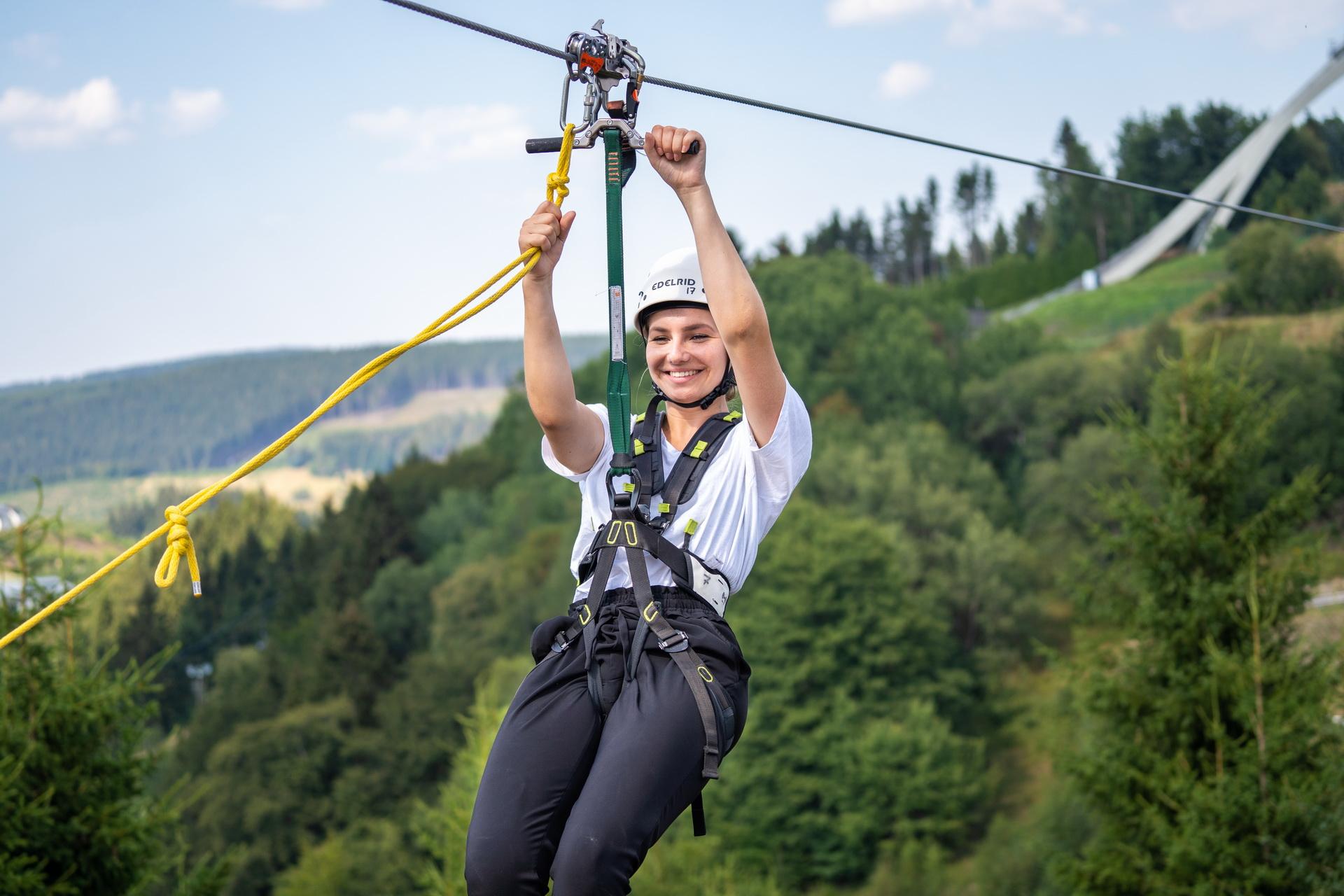 Sky Fly Zip Line Skiliftkarussell Winterberg Sommer